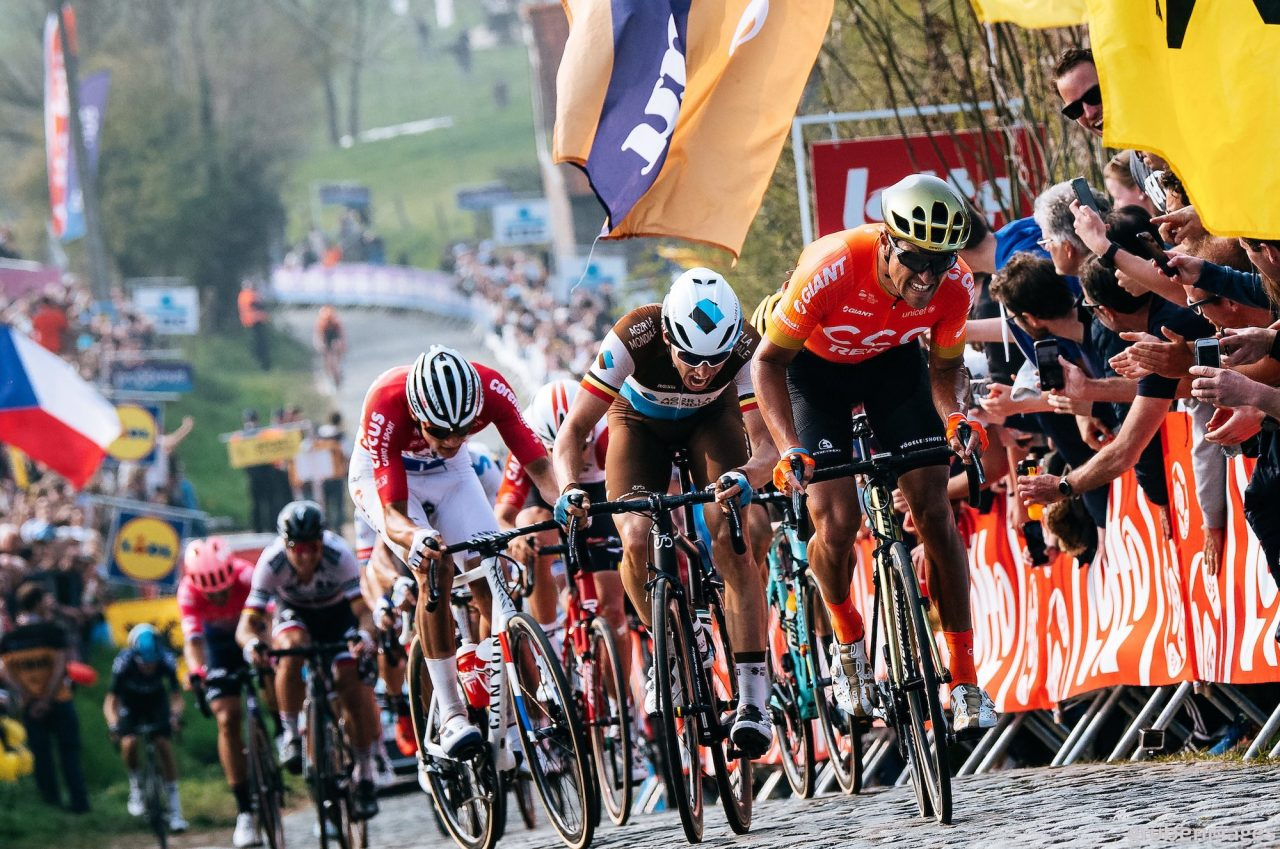 Everything for the Tour de France - battle for the prestige race